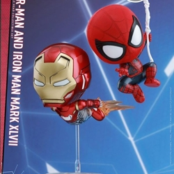 Picture of Hot Toys Cosbaby 2 Figure Set with Magnet Feature